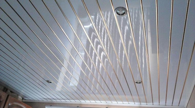 панели для потолка